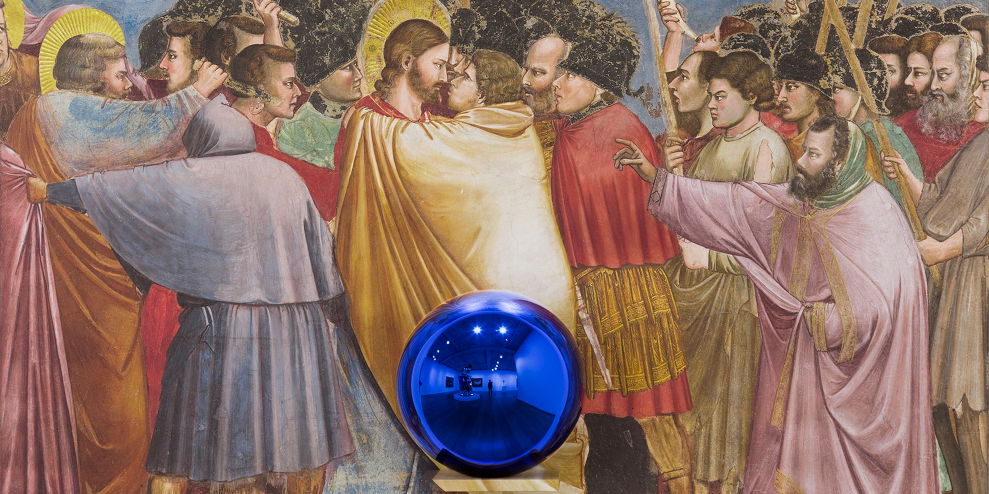 A sculpture by Jeff Koons, titled Gazing Ball (Giotto The Kiss of Judas), dated 2015-2016.