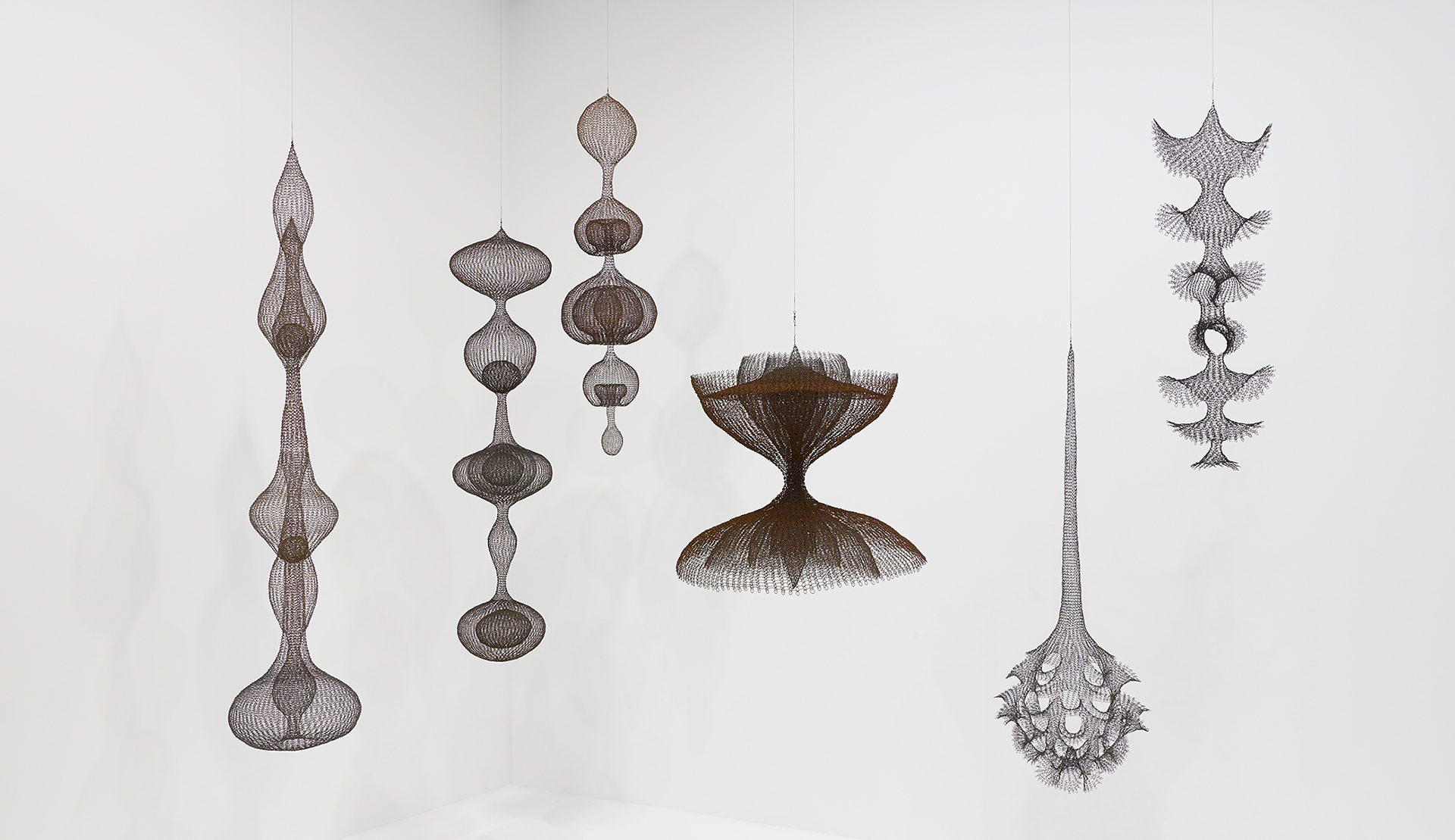 An installation view of the exhibition Ruth Asawa: A line can go anywhere at David Zwirner London, 2020.